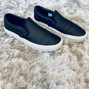 Vans Classic Slip-On Core Classics (Perf Leather)